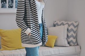 Maison Scotch Home Alone Hoodie - longer length and beautiful quality